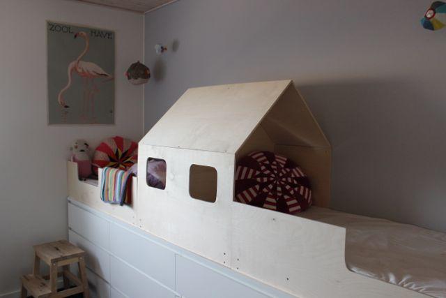 Kreativ børneseng som et skib